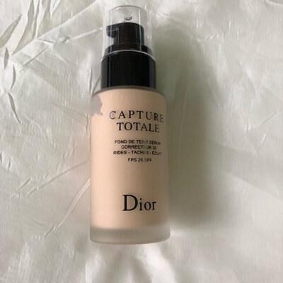 Kem nền Dior Capture Totale